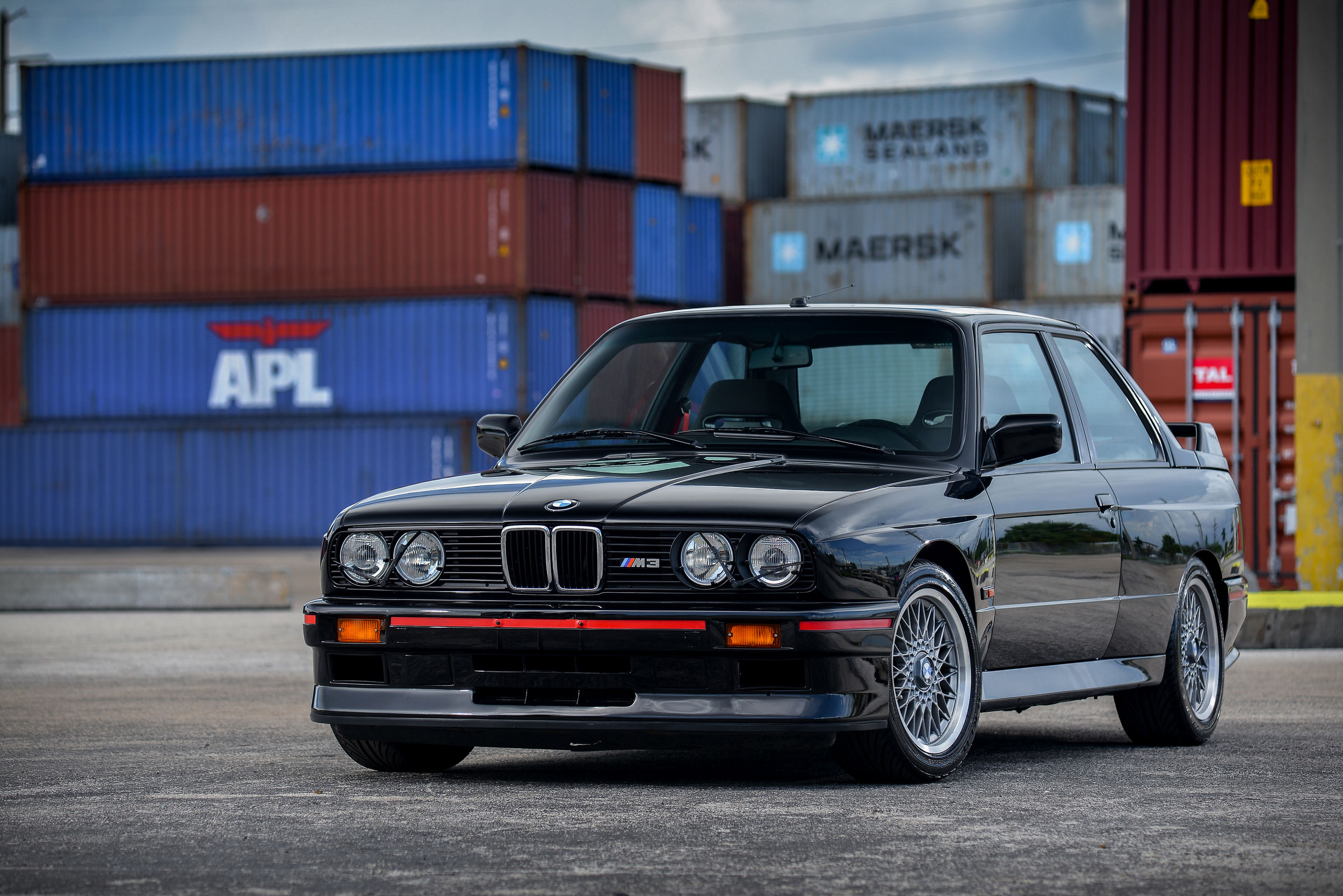 1990 BMW E30 M3 Sport Evolution A TRUE UNICORN 1 of 600 Showroom